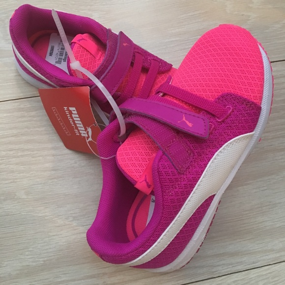 Chaussures Filles Taille 10 Pumas z0XVzJd5